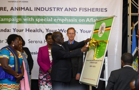Vice President of Uganda Launches Aflatoxin Campaign